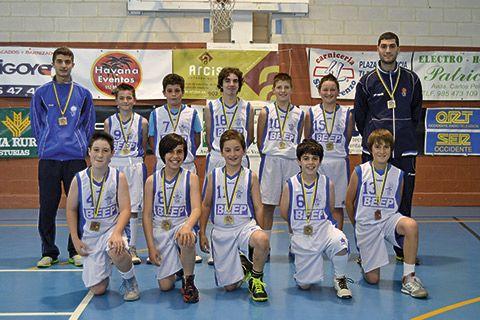 Club Baloncesto Navia. Grupo Alevín. Campeones de Asturias 2012-2013.
