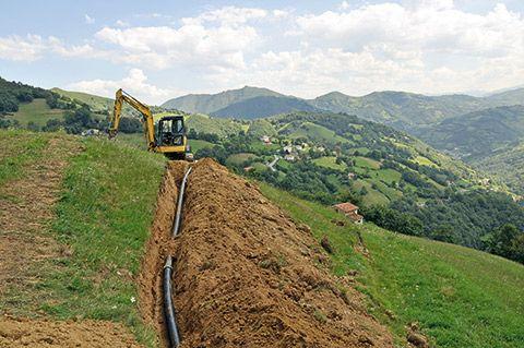 Obras de la nueva red de aguas en el concejo de Riosa