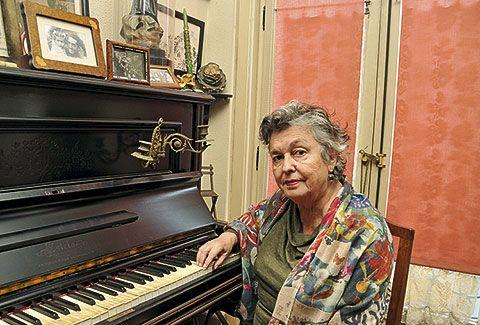Carmen Ruiz-Tilve. Cronista de Oviedo
