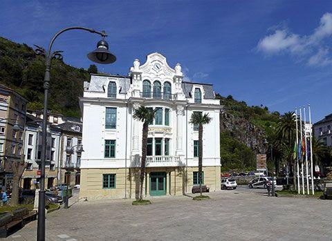 Ayuntamiento de Luarca. Valdés