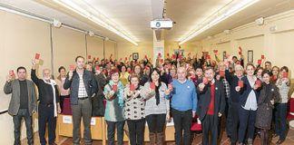 Los asistentes al acto del 25 de noviembre de 2014 sacaron 'tarjeta roja al maltratador'