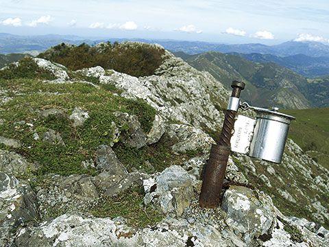 Cumbre Pico Trigueiro