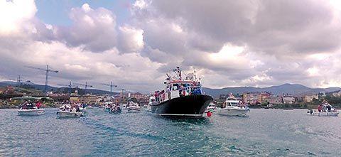 Procesión marítima en honor a Ntra. Sra. de La Barca (Navia)