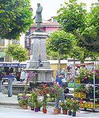 Mercado semanal en Posada de Llanes