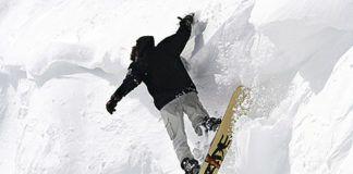 En Aller practicando snowboard