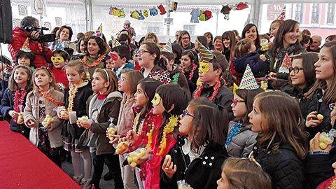 Celebración de la Nochevieja Infantil en Tineo