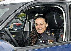 Verónica Pérez, policía nacional