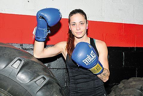 Joana Suárez 'Nany'. Primera boxeadora profesional en Asturias