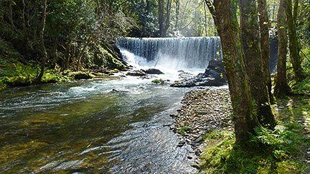 Río Suarón en el Mazo de Meredo (Vegadeo)