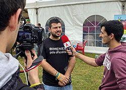 Bimenes declara la oficialidá del asturianu