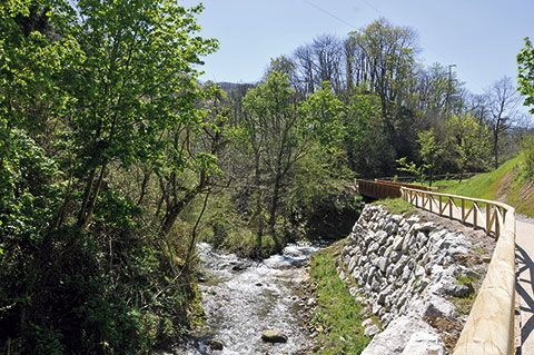 Senda fluvial de Riosa