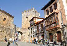 Palacio de Valdés Salas en el casco histórico de Salas