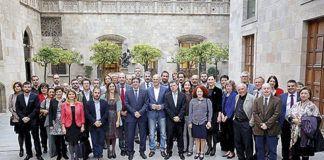 Imaxe de los participantes nel alcuentru en Barcelona