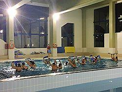 Aquagym en la piscina de Tineo
