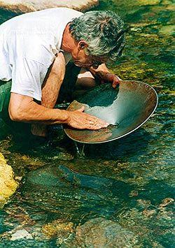 Bateo de oro en Navelgas (Tineo)