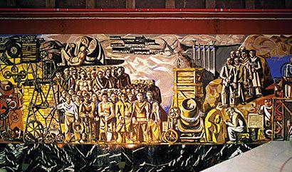 Mural que realizó Joaquín Vaquero Turcios en el embalse de Grandas de Salime