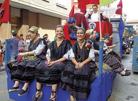 Carroza en las Fiestas del Bollu