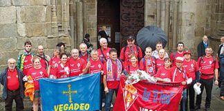 Miembros de la Peña Sportinguista en Lugo por la promesa del ascenso