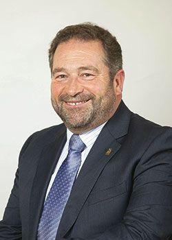 Rogelio Pando. Alcalde de Colunga