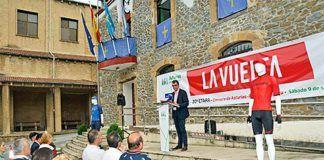 El director de La Vuelta Javier Guillén en la presentación de la Etapa en Riosa