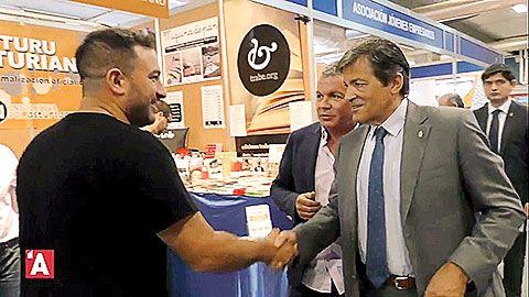 Iniciativa pol Asturianu llevó la llingua asturiana a la Feria Internacional de Muestres d'Asturies