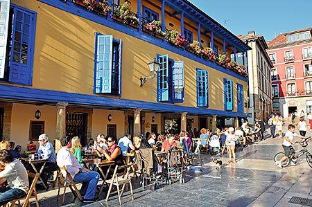 Plaza Daoíz y Velarde (Oviedo)