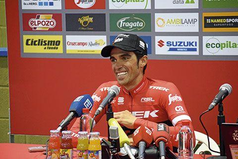 Alberto Contador durante la rueda de prensa