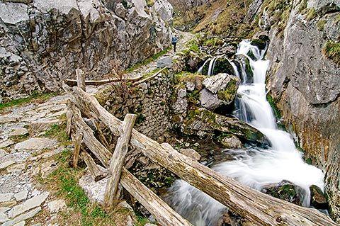 Ruta Foces del Río Pino (Aller)