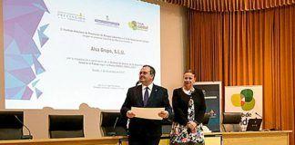 Acto de entrega del diploma al Grupo Alsa