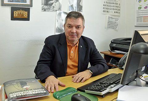 Xosé Antón González Riaño. Presidente de la Academia de la Llingua Asturiana