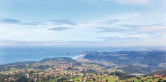 Vista de Somao desde el Mirador de La Peñona