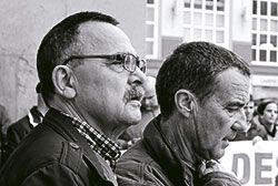 Pepe Fuertes (izquierda), presidente de la Asociación de Pensionistas de Asturias