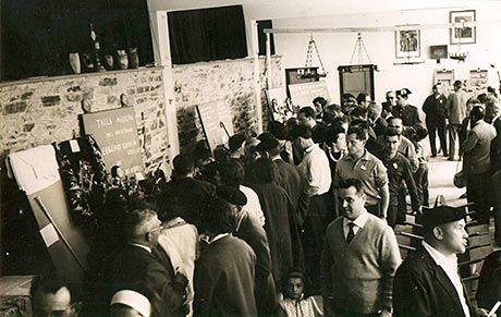 Instantánea de la Feria de Vegadeo en el año 1964