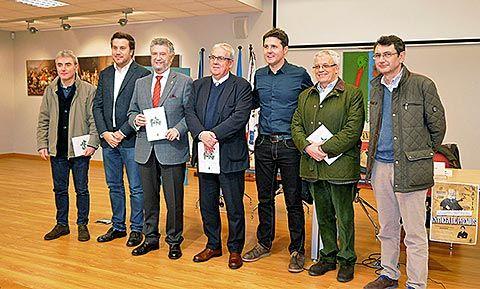 Entrega de los premios literarios (Navia)