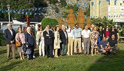 Comisión del 50 Aniversario del Cobayu junto a los últimos alcaldes de la localidad