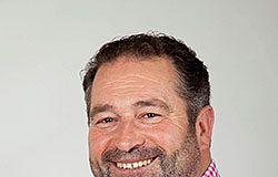 Rogelio Pando, alcalde de Colunga