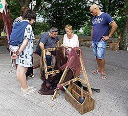 Taller tradicional de redes marineras en Colunga