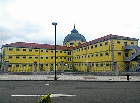 Antigua prisión provincial, hoy sede del Archivo Histórico (Oviedo)