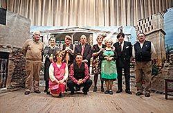 Integrantes del taller de teatro de la Asociación de Mayores Cristo del Buen Viaje (Castropol)