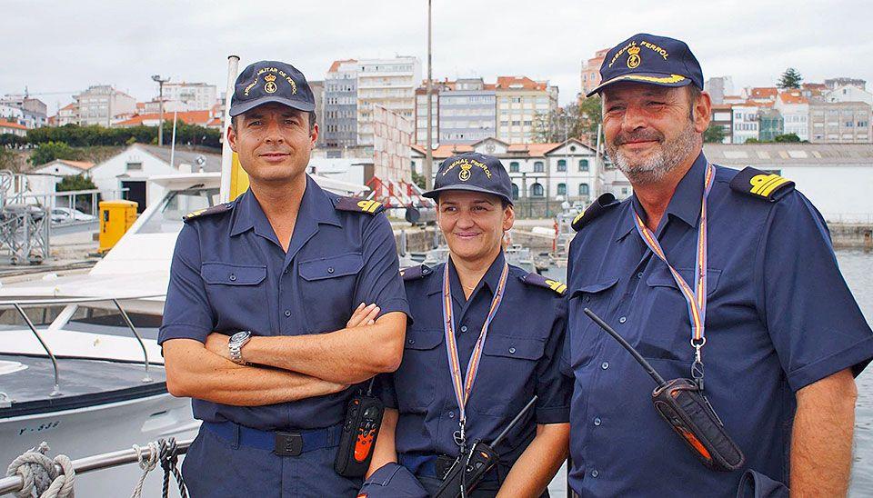 Anita Sánchez con sus dos compañeros prácticos del Arsenal de Ferrol / Foto cedida por Anita Sánchez