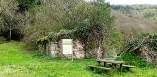 Restos del Monasterio de Santa María de Lapedo en Belmonte de Miranda