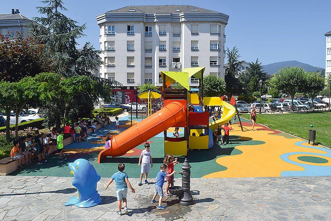 Parque Hermanos Martínez, Navia
