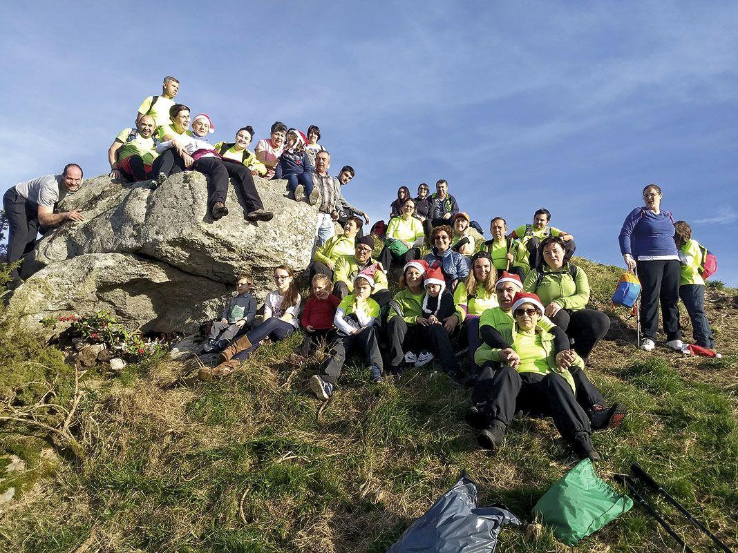 Belén de cumbres de Os Sendeiros de Foz en Castelo de Vilacampa. Valadouro