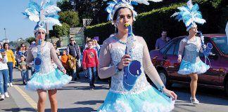 Desfile de la Charanga Somos Poucos en el Carnaval 2019 (Castropol)