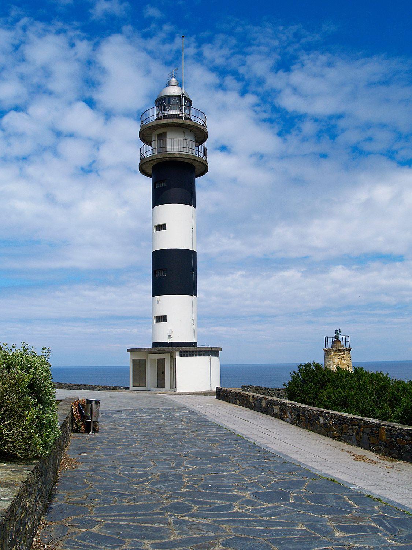 Faro de Ortiguera en el Cabo San Agustín (Coaña) / Foto: Fusión Asturias