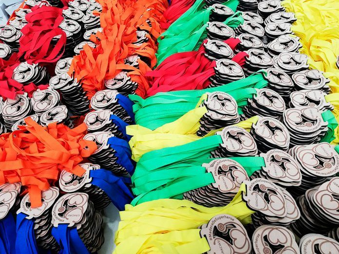 Medallas #MaderaDeSuperheroe