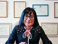 Raquel Buznego. Psicóloga y psicoterapeuta. Especialista en psicología clínica