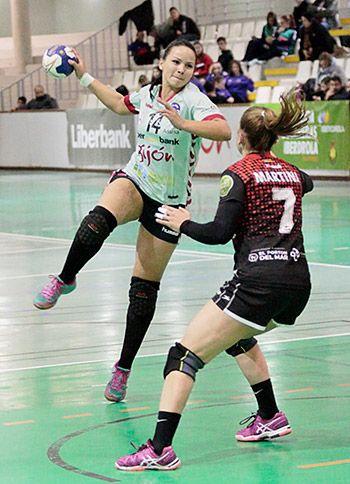 Débora Torreira, jugadora del Balonmano Liberbank Gijón
