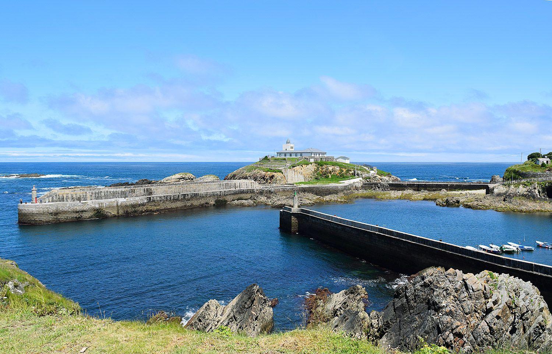 Faro isla de Tapia (Tapia de Casariego) / Foto: Fusión Asturias