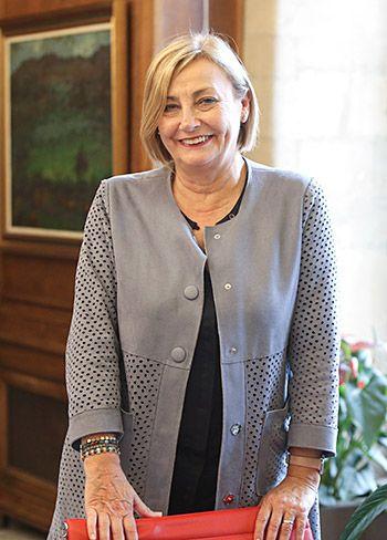 Mariví Monteserín, alcaldesa de Avilés